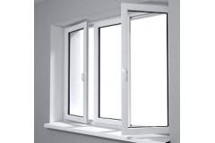 Plastikiniai langai keičia senuosius langus. Kokių nepatogumų gali pridaryti susidėvėjęs langas?