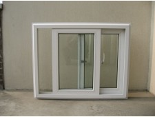 Balkonų stiklinimas - plastikiniai rėmai-stumdoma sistema